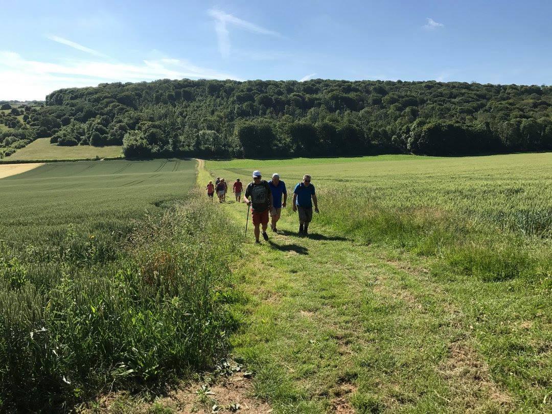 Les randonneurs au Sentier de Montgardin